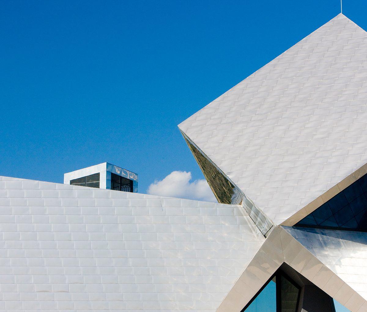 Materials: The Advantages of a Metal Roof